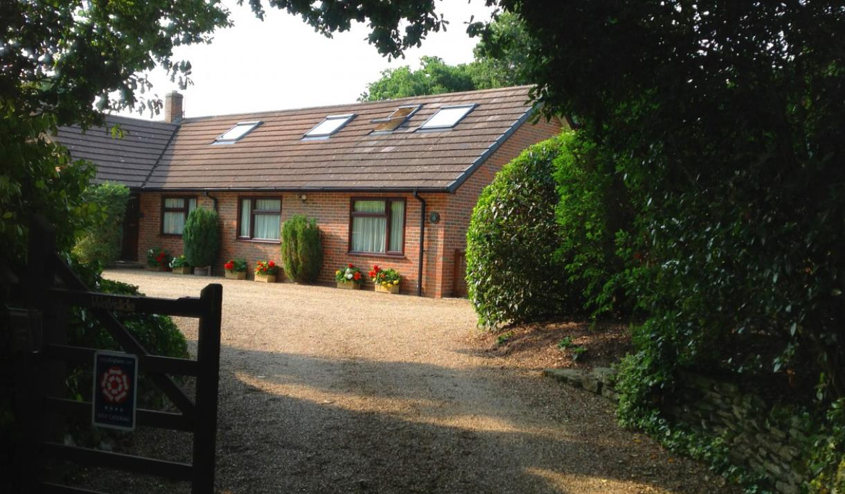 front of wayside holiday cottage and self catering in the new forest