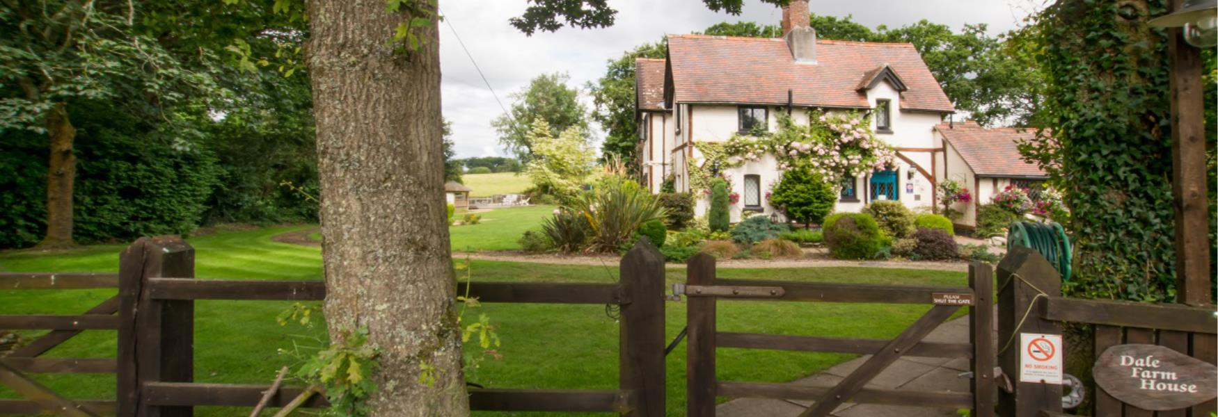 Farm House Accommodation Stay in the New Forest