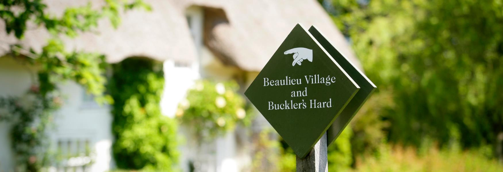 Sign post to Beaulieu Village in Beaulieu Village