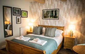 bedroom at the walhampton arms in the new forest