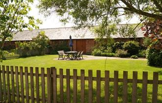garden at hucklesbrook farm new forest holiday cottages and self catering in the new forest