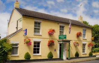 Dog Friendly Pubs Bed And Breakfast New Forest Uk